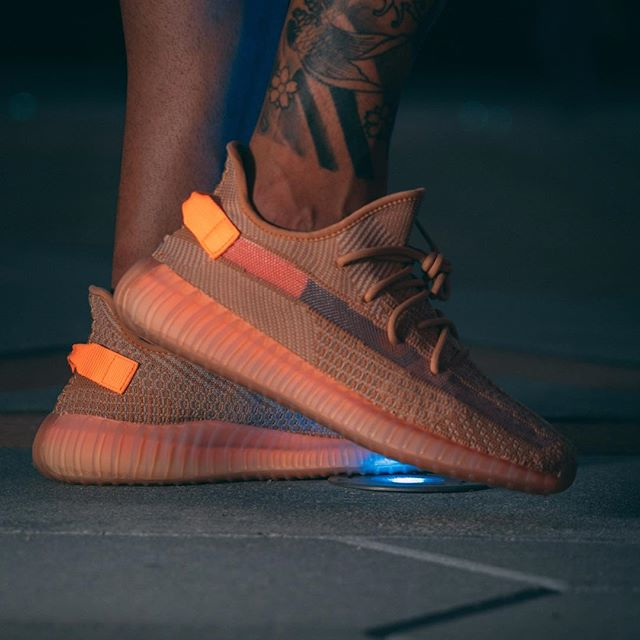 Giầy thể thao Adidas Yeezy 350 v2 Clay REP 1:1 - 1